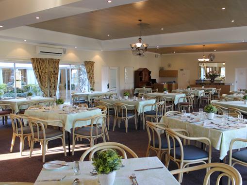 diningroom oude westhof retirement village